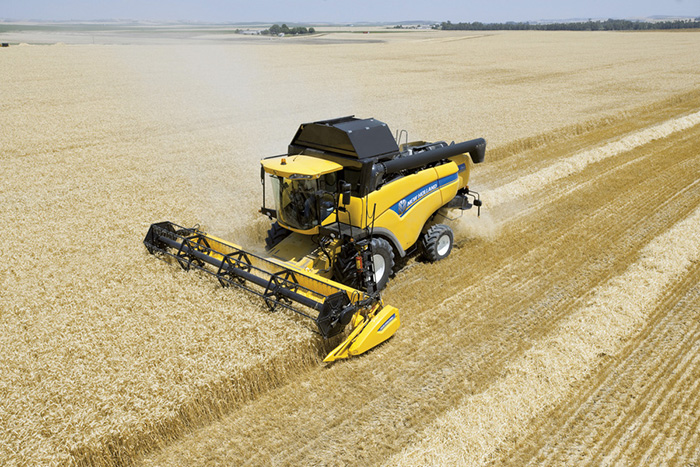 Комбайн CX 6.90 New Holland